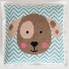 Broderi Kudde i filt med stansade hål Hund set 42 x 42 cm