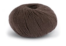 Knit At Home Superfine Baby Merino Ullgarn 50 g Brun 215