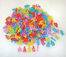 Plastpärlor, Bokstavsberlocker, 1000 st, Playbox