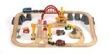 Upea rahti- ja rautatiesarja, puiset Brio-junaradat