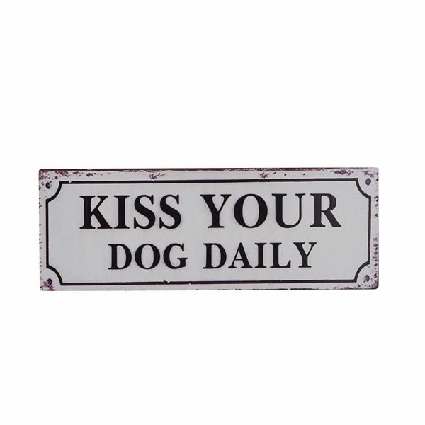 Plåtskylt Kiss Your Dog 13x36 cm  Bahne & Co - posters & väggdekoration