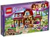Heartlakes Ridklubb, LEGO Friends (41126)