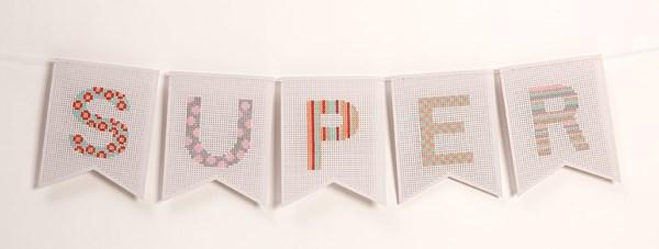 Broderi Vimpel med alfabet set 16,5 x 20,5 cm 5 delar