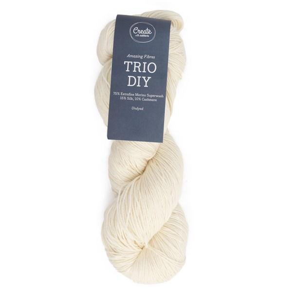 Adlibris Trio DIY 100 gram Undyed A732