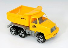 Kuorma-auto 26 cm, Plasto