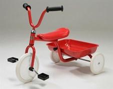 Trehjuling Pelle Röd, Nyby
